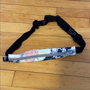 Small Personal Item Running Belt